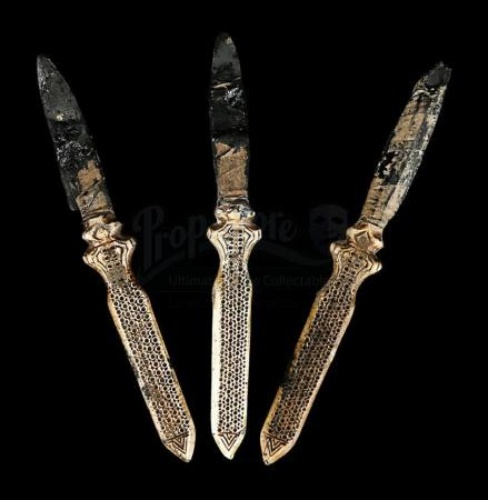 Lot # 16 - ASSASSIN'S CREED - Aguilar's (Michael Fassbender) Collar Throwing Knives
