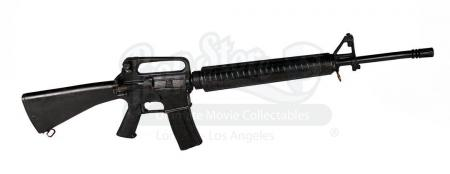Lot # 110 - JAMES BOND: DIE ANOTHER DAY - South Korean Soldier's M16 Rifle