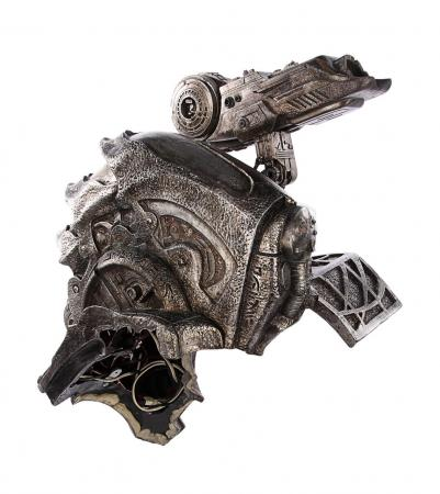 Lot #40 - AVP: ALIEN VS. PREDATOR (2004) - Animatronic Shoulder Cannon