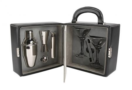 Lot #184 - QUANTUM OF SOLACE (2008) - Leather Case Cocktail Set, 2008