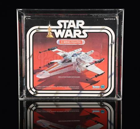 Lot # 16 - X-Wing Fighter UKG 75