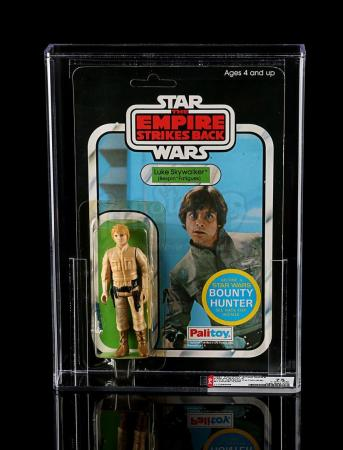 Lot # 142 - Luke Skywalker (Bespin Fatigues) ESB45A AFA 75