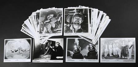 Lot # 2 - Alien & Aliens Collection Auction - B&W Press Stills