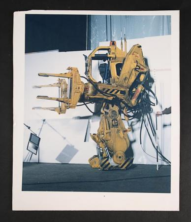 Lot # 134 - Alien & Aliens Collection Auction - Lighting Test Image of the Power Loader