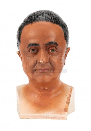 Lot #160 - CHARLIE AND THE CHOCOLATE FACTORY (2005) - Oompa Loompa (Deep Roy) Paint Test Bust