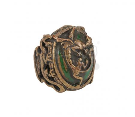 Lot #557 - PIRATES OF THE CARIBBEAN: ON STRANGER TIDES (2011) - Captain Jack Sparrow's (Johnny Depp) Hero Jade Dragon Ring